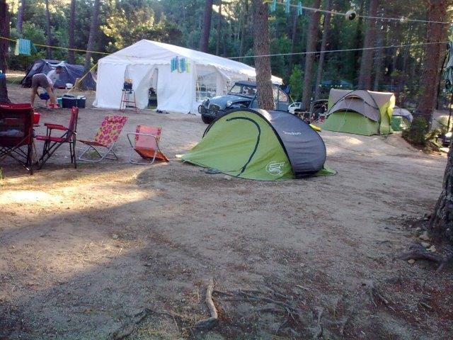Des emplacements spacieux pour les tentes